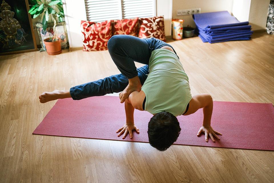 yoga-1146281_960_720.jpg